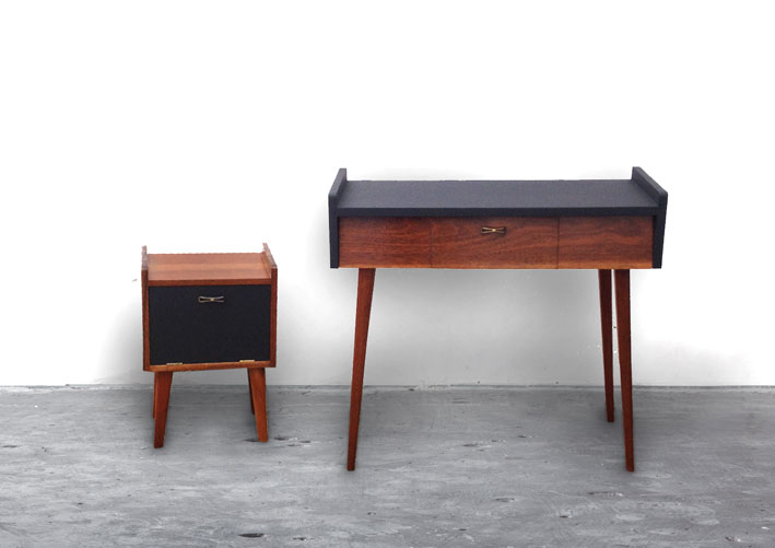 dressing support table